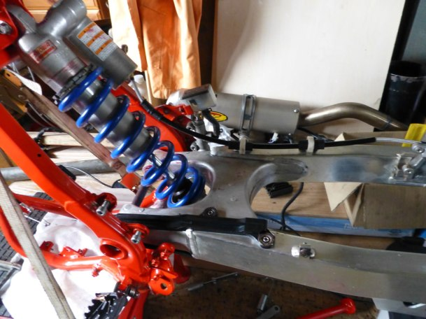 Swing arm and shock in frame