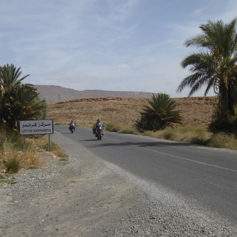 R1200GS riders heading south to Erracihdia