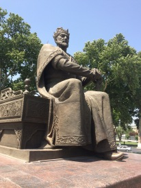Amir Temur keeps a watchful eye on Samarkand